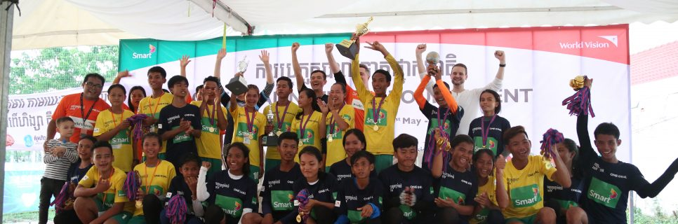 Image for Smart Axiata and World Vision continue One Goal pursuit by supporting youths through sport